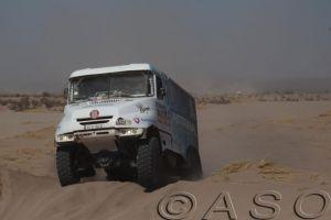 49-dakar-trucks-2014