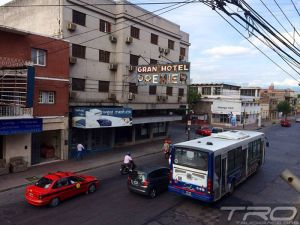 75-dakar-trucks-2014